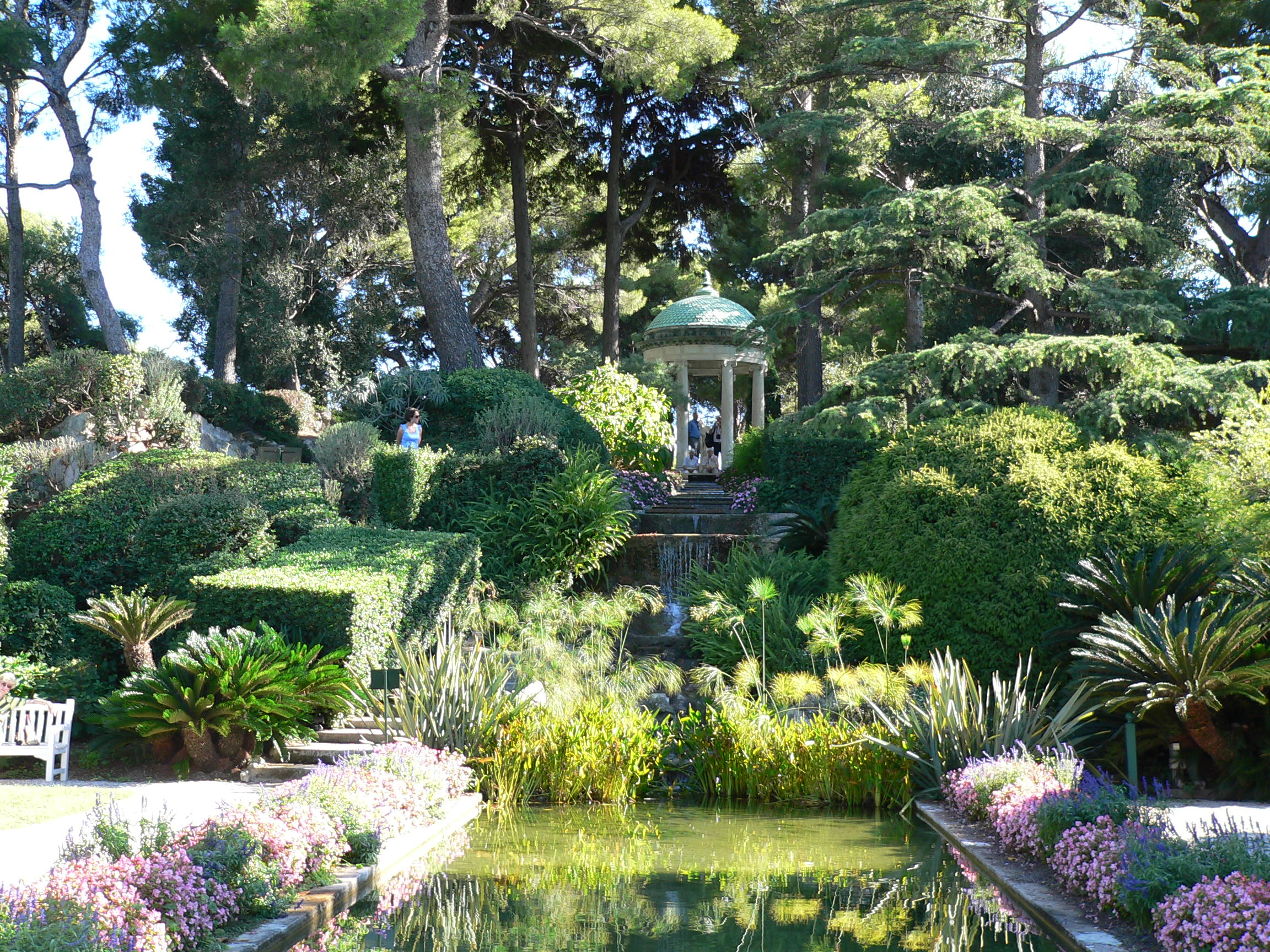 French garden at Villa Rothchildlooks like something from